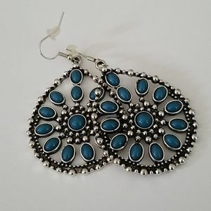 "Paparazzi drop ""turquoise "" and ""silver"" earings"